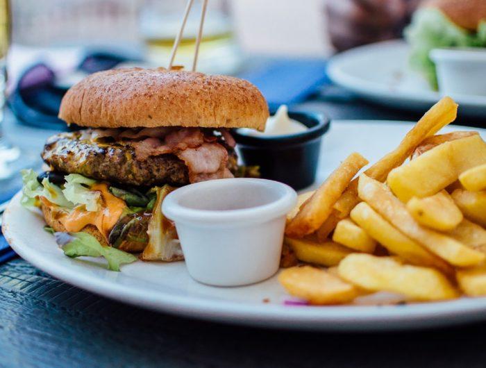 Surpoids et obésité: exposition prénatale au bisphénol A et malbouffe pointés du doigt
