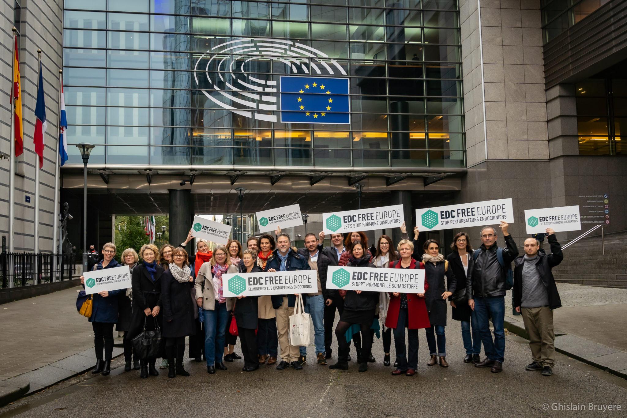 """""""Elle passe encore à côté !"""" Le verdict des ONG après la nouvelle proposition de critères perturbateurs endocriniens de la Commission européenne"""