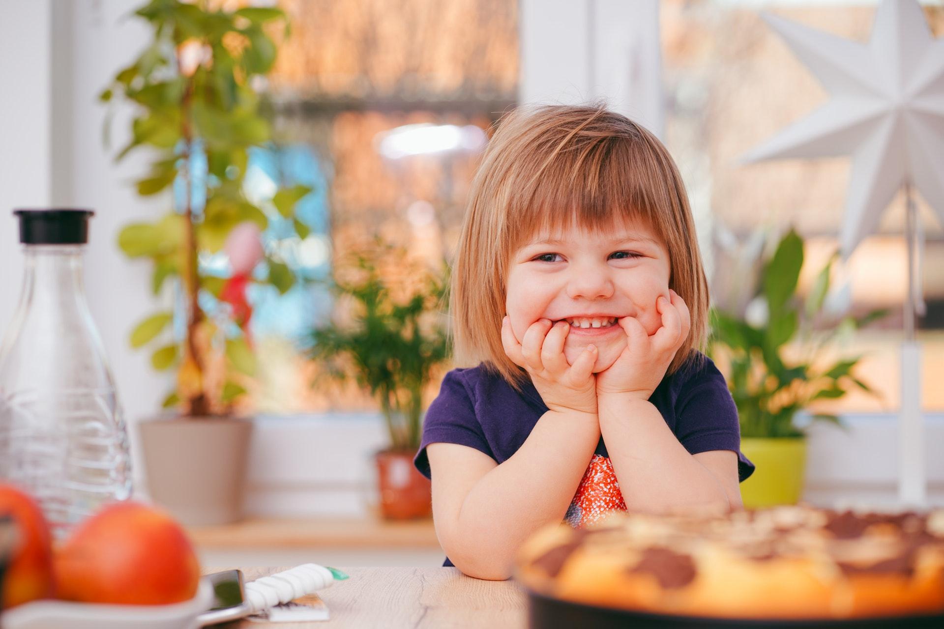 Inserm, étude ELFE: 20 000 enfants seront suivis de la naissance à l'âge adulte