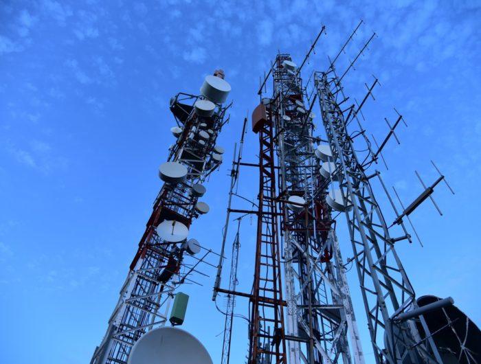 Etat d'urgence sanitaire : l'ordonnance n° 2020-230 du 25 mars remet en cause l'encadrement de l'installation d'antennes-relais