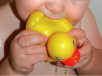 Perturbateurs endocriniens: toujours présents dans des jouets en plastique
