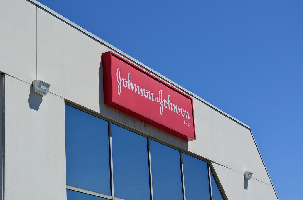 La poudre du scandale – Amiante dans le talc: Johnson & Johnson savait-il?