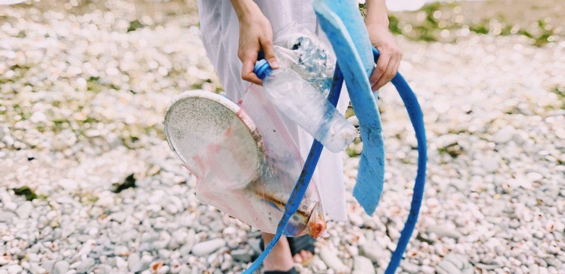 Plastiques à usage unique: l'Union européenne adopte une Stratégie