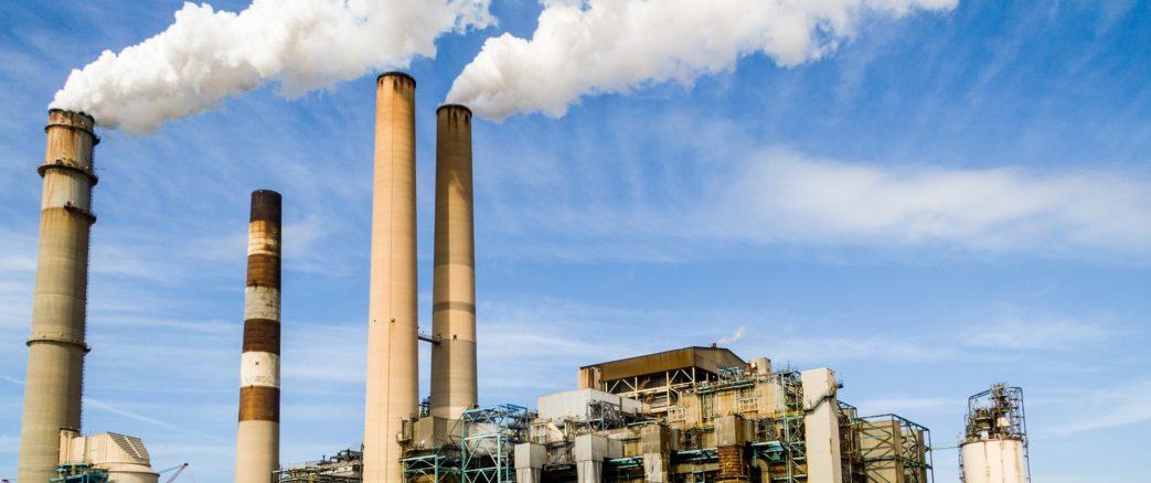 Pollutions industrielles: la Cour européenne des droits de l'homme rappelle que les Etats doivent protéger la santé des populations