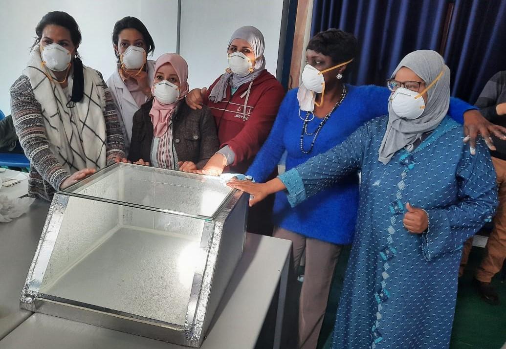Formation à la fabrication de cuiseurs solaires au Maroc
